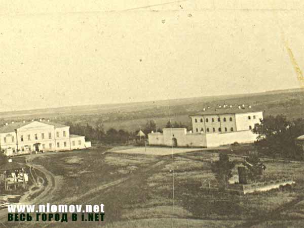 http://www.nlomov.net/Old_foto/old_gosbank.jpg